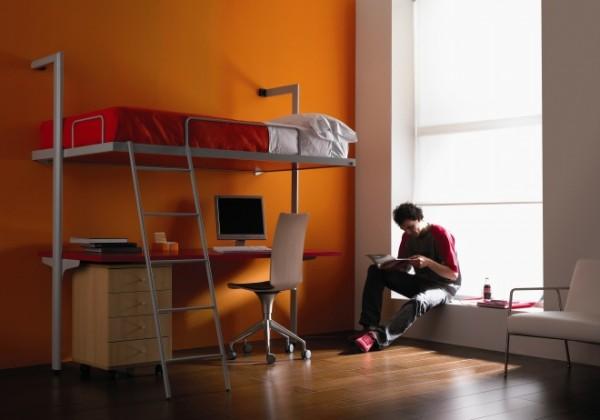стол шкаф кровать разложена с доской снизу